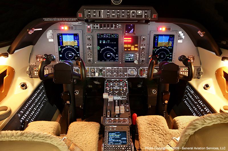 Photos avions Civils - Page 2 Piaggioavantipan